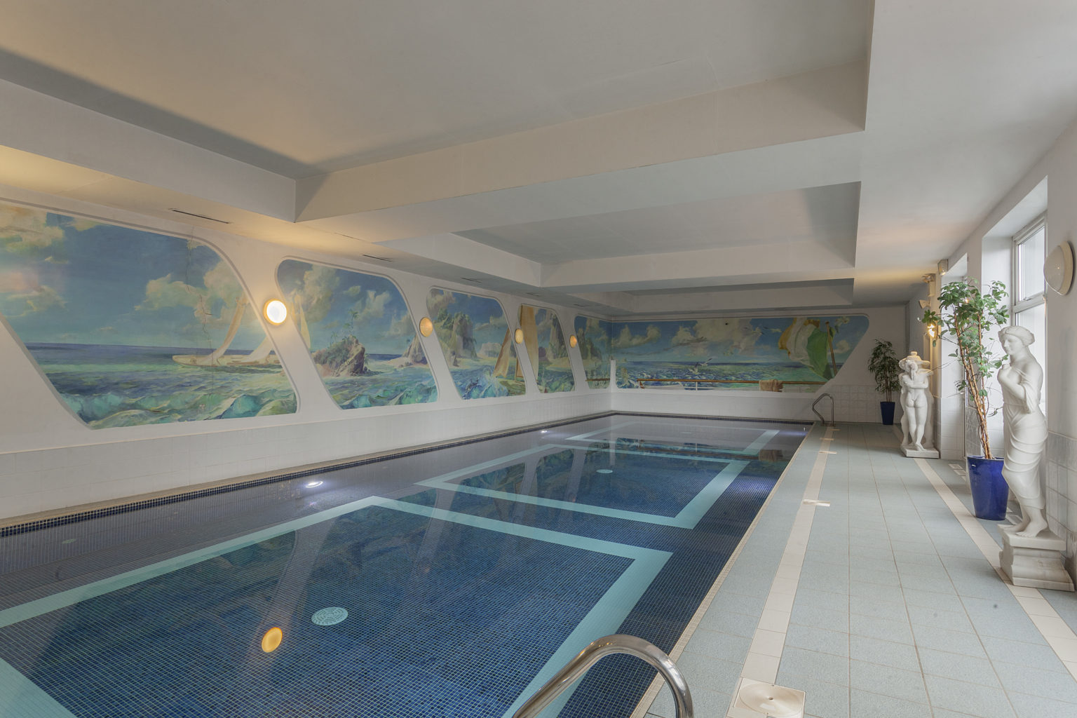 Randles Hotel Pool